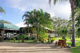 Agnes Water Hideaway - Redcliffe Tourism