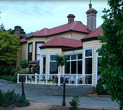 Central Springs Inn - Redcliffe Tourism
