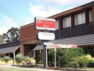 Town  Country Motel - Redcliffe Tourism