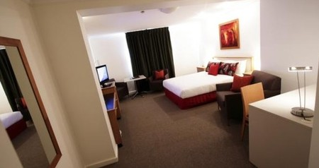 Townhouse Hotel - Redcliffe Tourism
