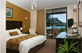 Whale Motor Inn - Redcliffe Tourism