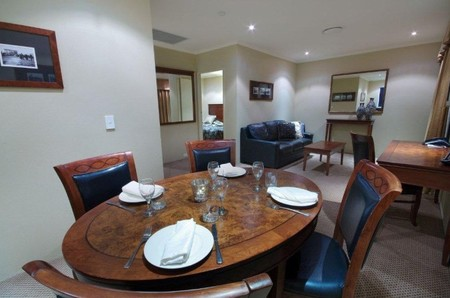 Quality Hotel Powerhouse - Redcliffe Tourism