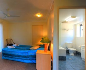 Blue Waters Motel - Redcliffe Tourism