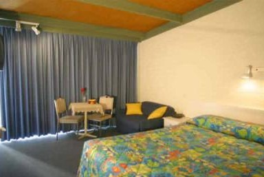 Kingfisher Motel - Redcliffe Tourism