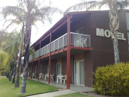 Barmera Hotel Motel - Redcliffe Tourism