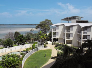 Moorings Beach Resort - Redcliffe Tourism