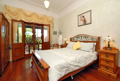 Above Bored Bed and Breakfast - Redcliffe Tourism