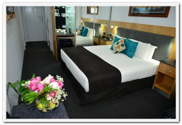 Waikerie Hotel Motel - Redcliffe Tourism