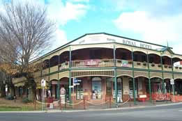 Royal Hotel Daylesford - Redcliffe Tourism