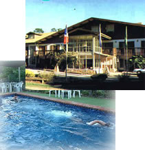 Bright Chalet - Redcliffe Tourism