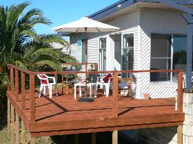 Beachport Escape - Redcliffe Tourism