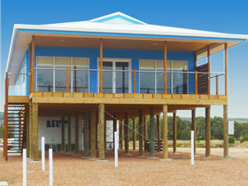 Lincoln View Holiday Home - Redcliffe Tourism