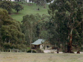 Wuthering Heights - Bronte Manor - Redcliffe Tourism