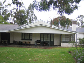 Naracoorte Cottages - Pinkerton Hill - Redcliffe Tourism
