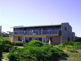 SeaStar Apartments - Redcliffe Tourism