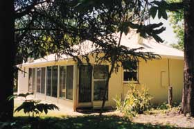 Wilkadene Cottage - Redcliffe Tourism