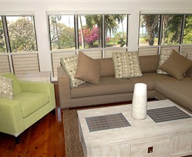 Coast Holiday Accommodation - Redcliffe Tourism