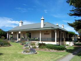 Seaview Lodge K.I. - Redcliffe Tourism