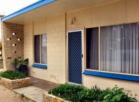 Coobowie Lodge - Redcliffe Tourism