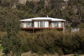 Killiecrankie Bay Holiday House - Redcliffe Tourism