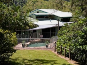 Tranquility on the Daintree - Redcliffe Tourism