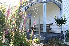 Devonport Bed  Breakfast - Redcliffe Tourism