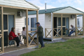 Discovery Holiday Parks Devonport Cosy Cabins - Redcliffe Tourism