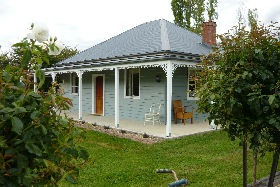 Westeria Cottage - Redcliffe Tourism