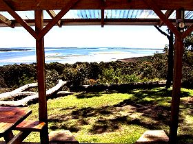 Island View Spa Cottage - Redcliffe Tourism