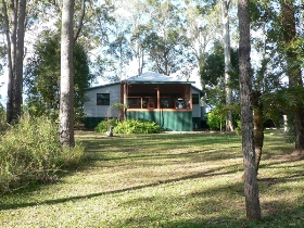 Bushland Cottages and Lodge - Redcliffe Tourism