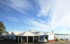 Beauty Point Waterfront Hotel - Redcliffe Tourism