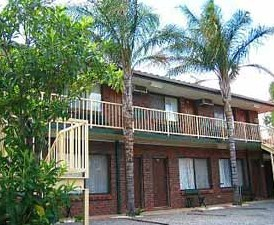 Wentworth Club Motel - Redcliffe Tourism