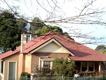 Batlow House - Redcliffe Tourism