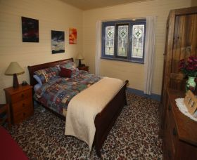 Old Minton Farmstay - Redcliffe Tourism