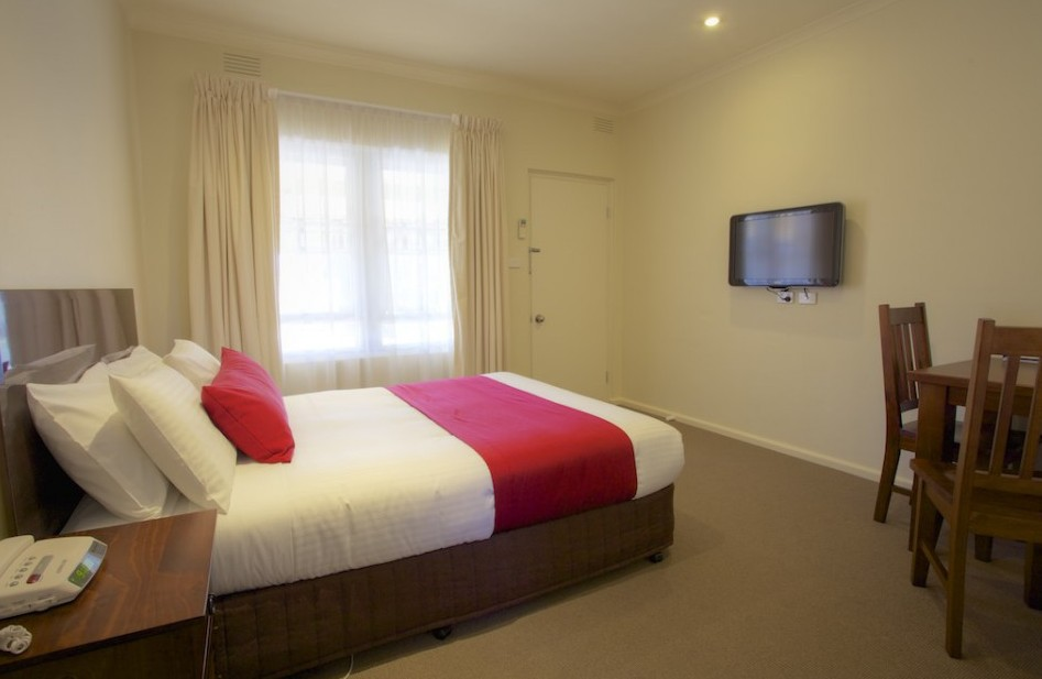 Amaroo Motel - Redcliffe Tourism
