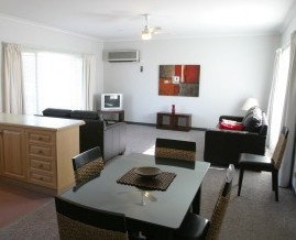Barham Golden Rivers Holiday Apartments - Redcliffe Tourism