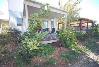 Woodgate Beach Houses - Redcliffe Tourism