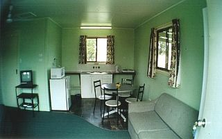Country Style Accommodation Park - Redcliffe Tourism