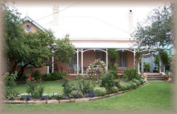 Guy House Bed and Breakfast - Redcliffe Tourism