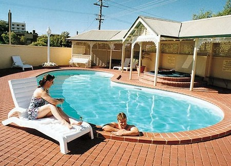 Best Western Clifton  Grittleton Lodge - Redcliffe Tourism