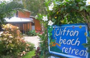 Clifton Beach Retreat - Redcliffe Tourism