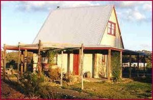 Elinike Guest Cottages - Redcliffe Tourism