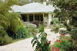 Locheilan Bed and Breakfast - Redcliffe Tourism