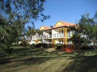 Coral Cove Resort  Golf Club - Redcliffe Tourism