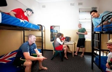 Maze Backpackers And Cb Hotel