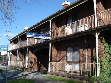 Albury Townhouse - Redcliffe Tourism