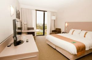 Holiday Inn Darwin Hotel - Redcliffe Tourism