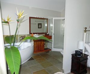 Airlie Waterfront Bed and Breakfast - Redcliffe Tourism
