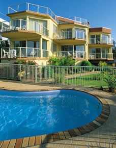 A Baywatch Apartments - Redcliffe Tourism