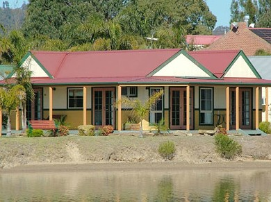 Coachhouse Marina Resort Batemans Bay - Redcliffe Tourism